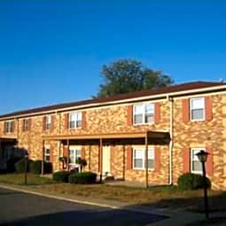 Charleston Square Apartments - Columbus, Indiana 47201