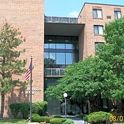 Jefferson House Apartments - Macomb, Illinois 61455