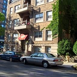 225 Oak Grove Street Apartments - Minneapolis, Minnesota 55403