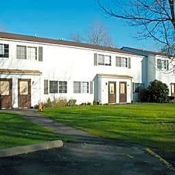 Laurel Wood Apartments - Clarks Summit, Pennsylvania 18411