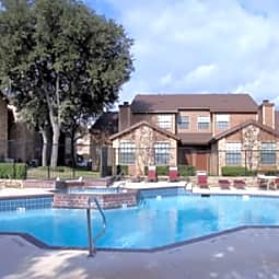 Chestnut Ridge Apartments - Fort Worth, Texas 76120
