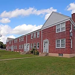Lothian Apartments - Baltimore, Maryland 21212