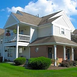 Daniel's Creek Apartments - Webster, New York 14580