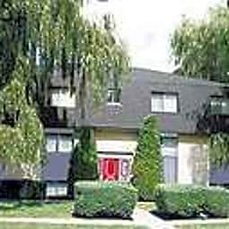 Carriage House - Gurnee, Illinois 60031