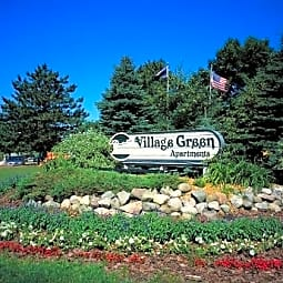 Village Green of Lansing - Lansing, Michigan 48917