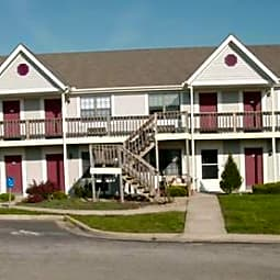 Hampton Place Apartments - Blue Springs, Missouri 64015
