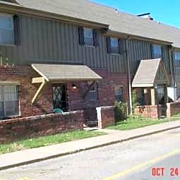 Chalet Apartments - Topeka, Kansas 66606