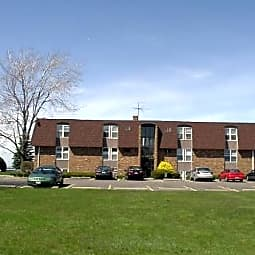 Crystal Shores Apartments - Vermilion, Ohio 44089