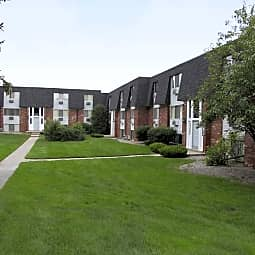 Rochester Place - Rochester, Michigan 48307