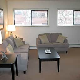 Brookside Apartment Homes - Bristol, Connecticut 6010