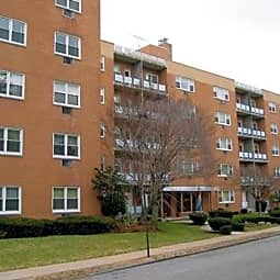 311 Reynolds Terrace Apartments - Orange, New Jersey 7050