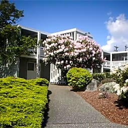 Trellis Pointe Apartments - Tacoma, Washington 98406
