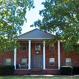 Windsor Court - Knoxville, Tennessee 37912
