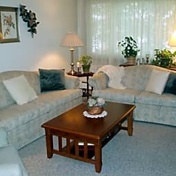 Lucia Lane Apartments - Fridley, Minnesota 55432
