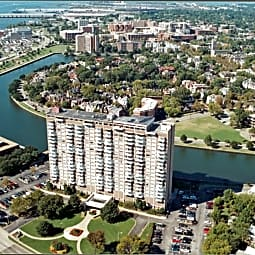 Hague Towers - Norfolk, Virginia 23510
