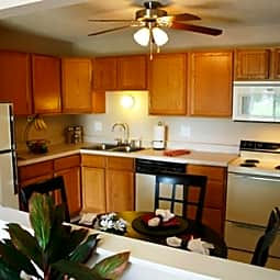 Bridlewood Apartments - Altoona, Iowa 50009
