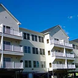 Adams Hillside Condominiums - Worcester, Massachusetts 1604