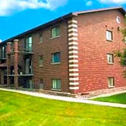 Westgate Apartments - Cedar Rapids, Iowa 52405