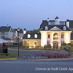Crowne at Swift Creek Apartments - Midlothian, Virginia 23112