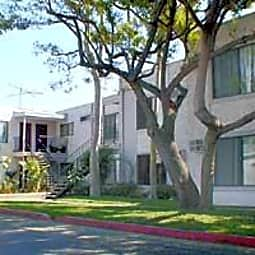 Woodhaven Apartments - Anaheim, California 92806