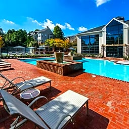 The London Luxury Apartment Homes - Atlanta, Georgia 30346
