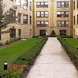 Dickens Courtyard Apartments - Chicago, Illinois 60647