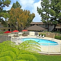 Rancho Vista Apartment Homes - Anaheim, California 92804