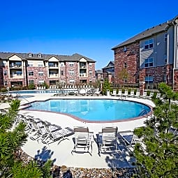 Broadmoor At Jordan Creek - West Des Moines, Iowa 50266