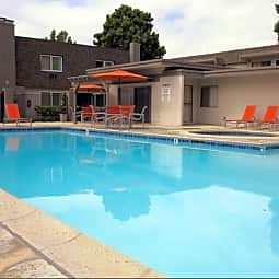 Latitude Apartment Homes - Santa Ana, California 92705