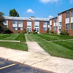Franklin Manor Apartments - Columbus, Ohio 43223