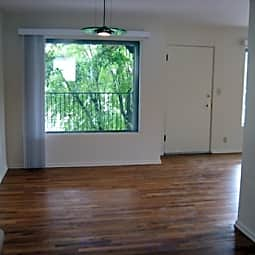 Casa Bella Apartments - Spokane, Washington 99204