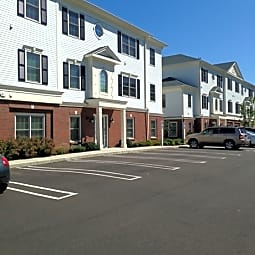 Prospect Falls / Spinnaker Apartments - Milford, Connecticut 6460
