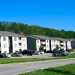 Shaker Point Apartment Homes - Harrison, Ohio 45030