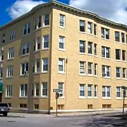 79 West Street Apartments - Worcester, Massachusetts 1609
