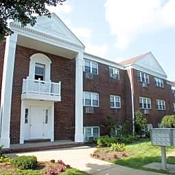 Garrison Apartments - Eatontown, New Jersey 7724
