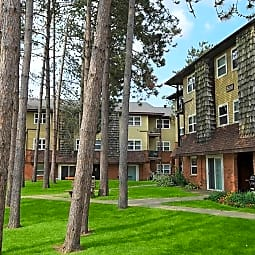 London Square Apartments - Clifton Park, New York 12065
