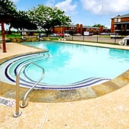 Williamsburg Apartments - Grand Prairie, Texas 75051