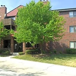 Firethorne Apartments - Saint Charles, Illinois 60174