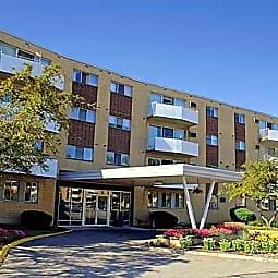 Camelot Apartments - Parma Heights, Ohio 44130