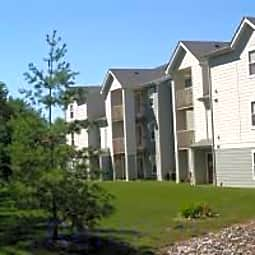 Forest View Apartments - Newton, Iowa 50208