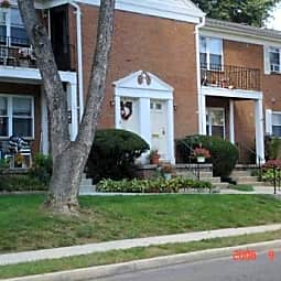 Sunnybrae Apartments - Yardville, New Jersey 8620