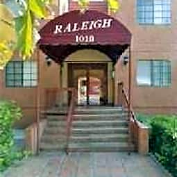1010 Raleigh Street Apartments - Glendale, California 91205