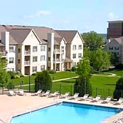 Deer Creek Apartments - Middleton, Wisconsin 53562