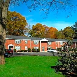Coachlight Village - Agawam, Massachusetts 1001