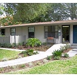 Palatka Oaks Apartments - Palatka, Florida 32177