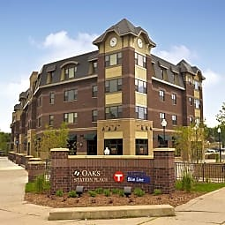 Oaks Station Place Apartments - Minneapolis, Minnesota 55406