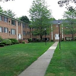 Georgetown Manor Apartments - Madison, Ohio 44057