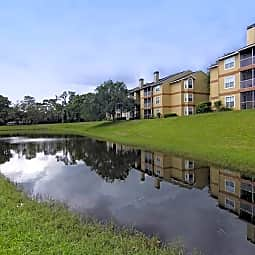 Landmark at Hampshire Place - Jacksonville, Florida 32256