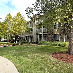 Stonegate Condominiums - Glendale Heights, Illinois 60139
