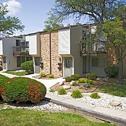 Briarwick Apartments - Milwaukee, Wisconsin 53228
